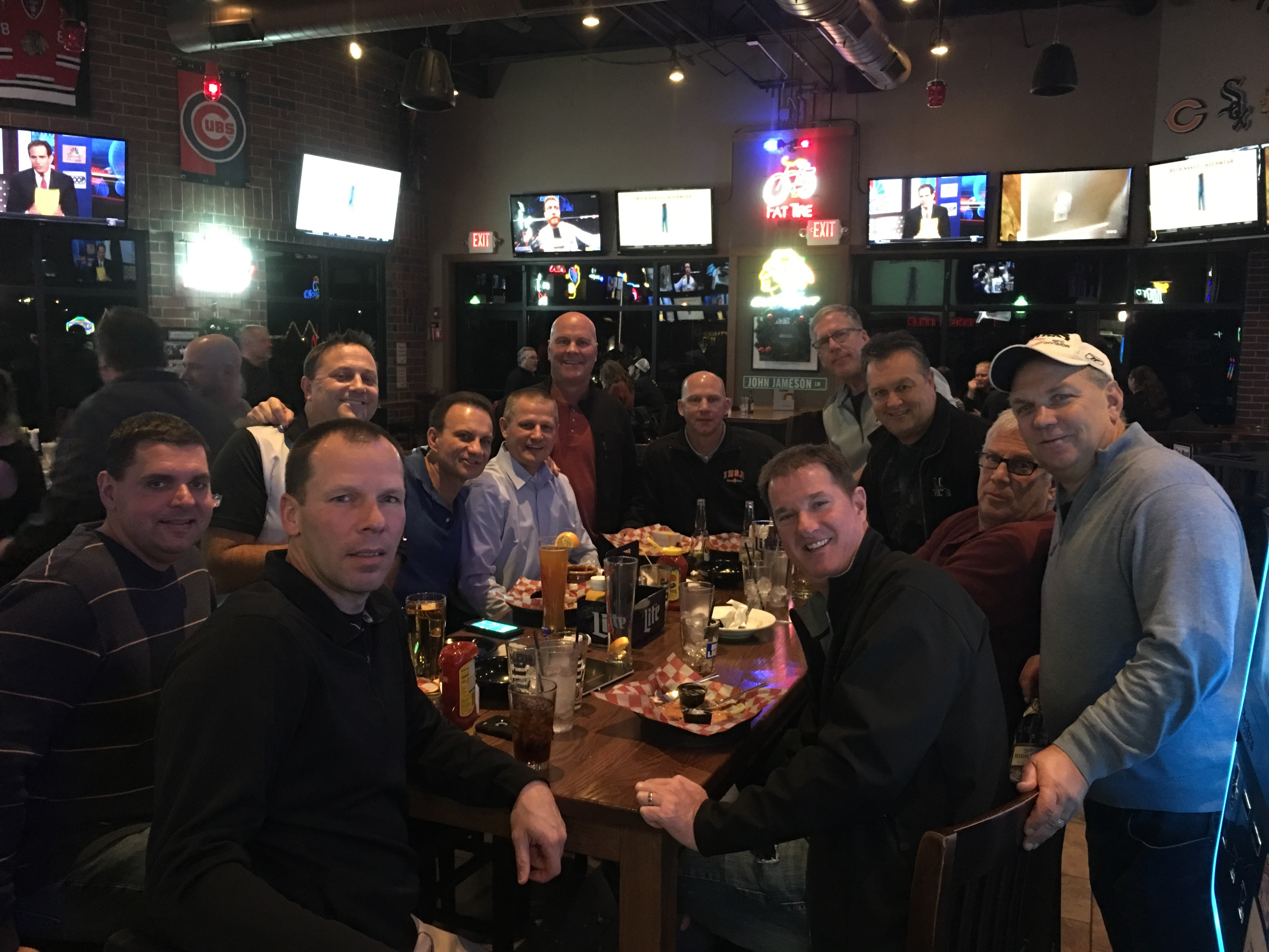 FVOA members at Rookies on Friday 12/1 after our games.